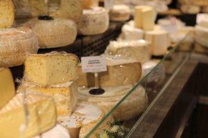 présentoir fromagerie