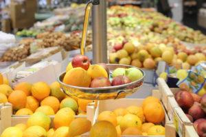 balance de table fruits et légumes