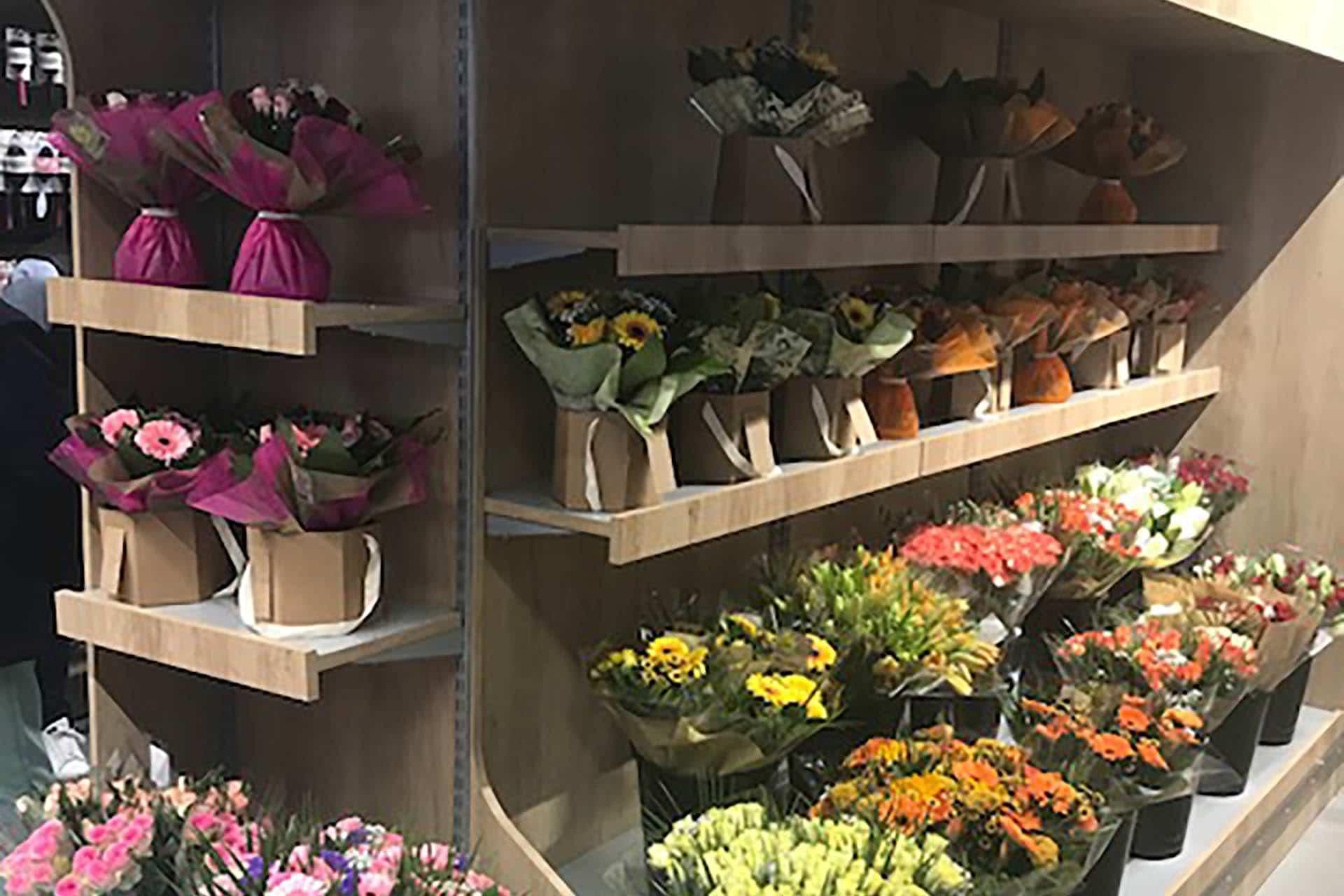 etagère présentoir fleurs